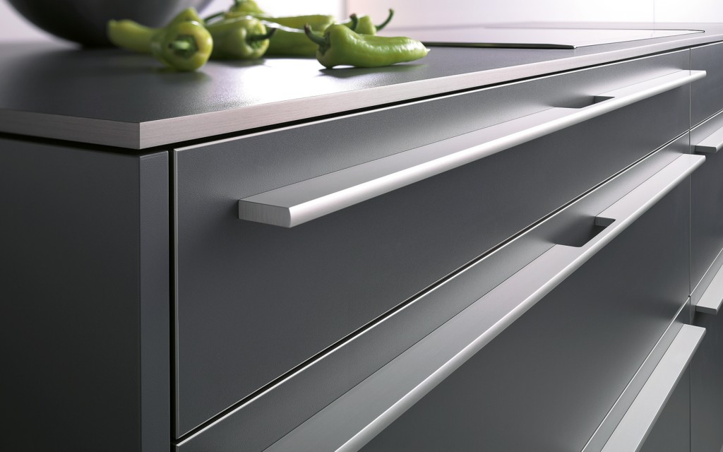Kitchen handles kembla kitchens - Kitchen cabinets with handles ...