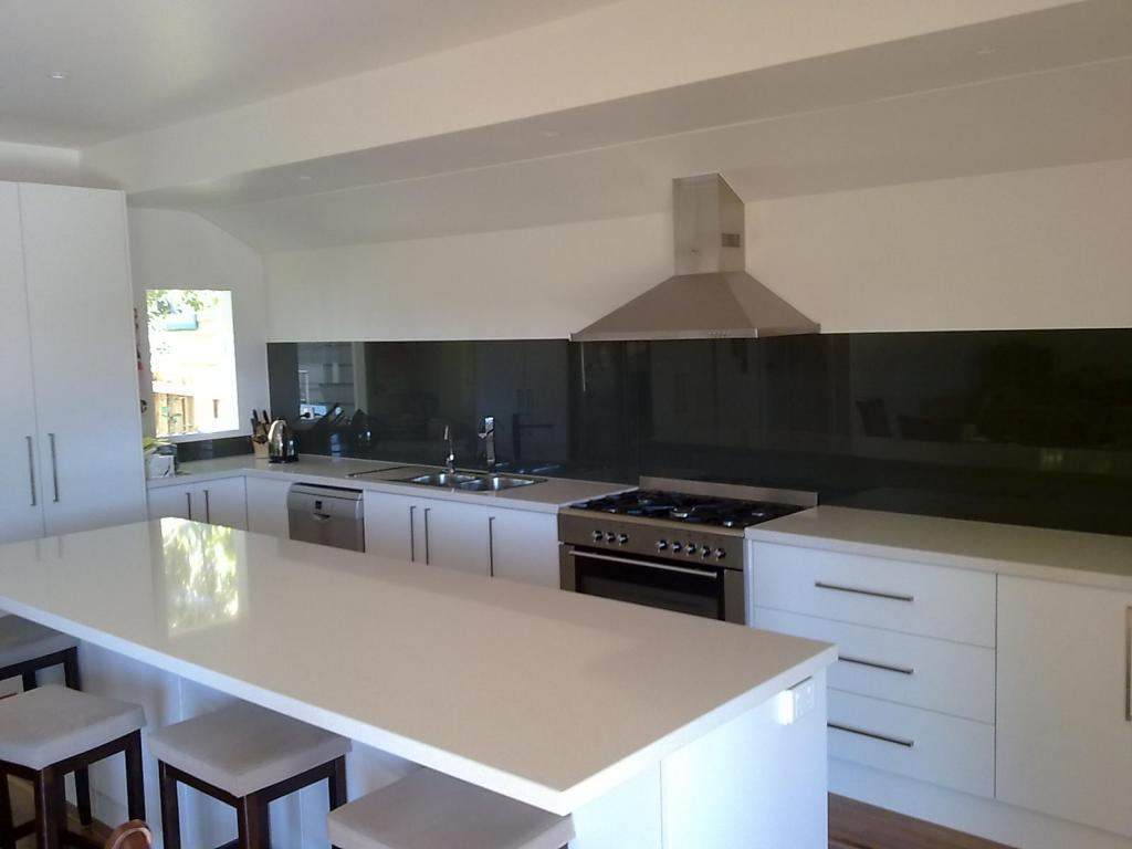 Kitchen splashbacks kembla kitchens for Kitchen for kitchen